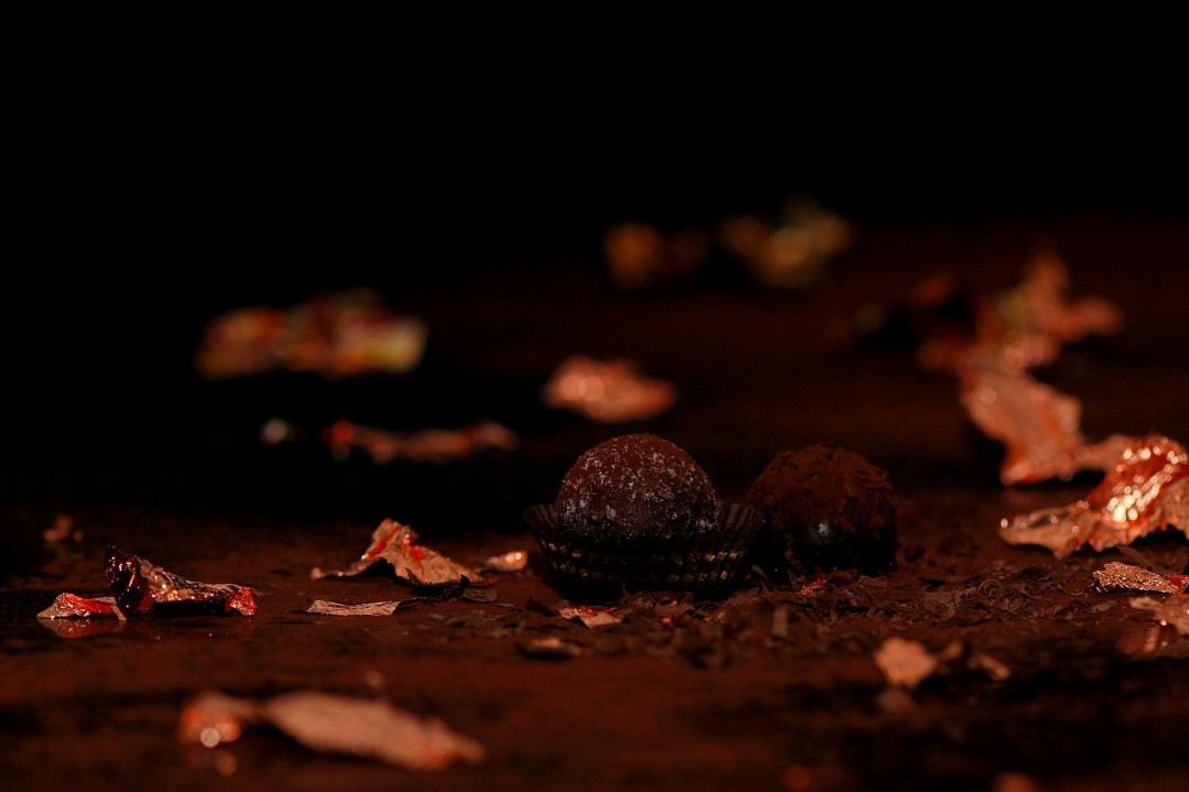 chocolates-563388_1920